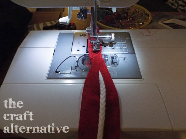 How to Make Fabric Piping_Sewing
