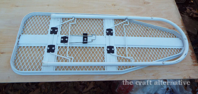 How to Make a Cover for a Travel Ironing Board_Plywood