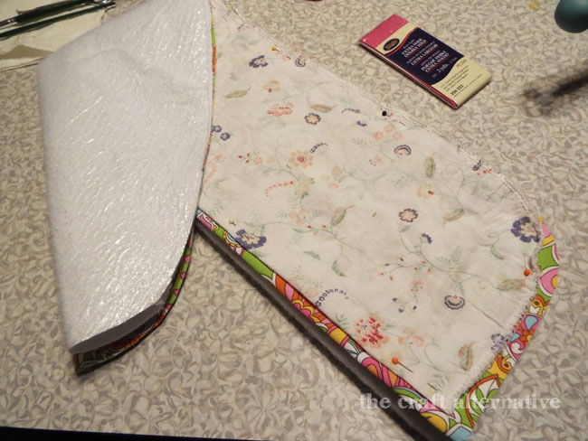 How to Make a Cover for a Travel Ironing Board_Fabric & Fleece