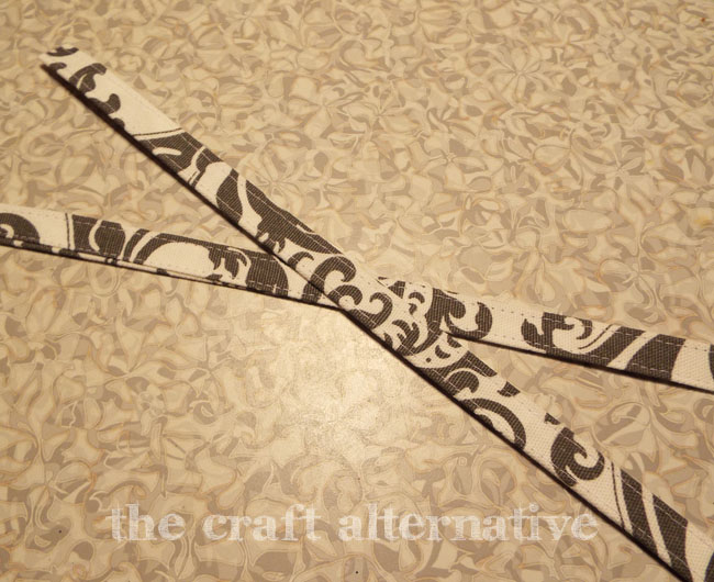 How to Make a Fabric Gift Bag_Strap