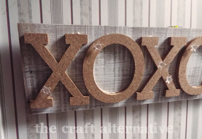 How to Make an XO Message Board_Close Up