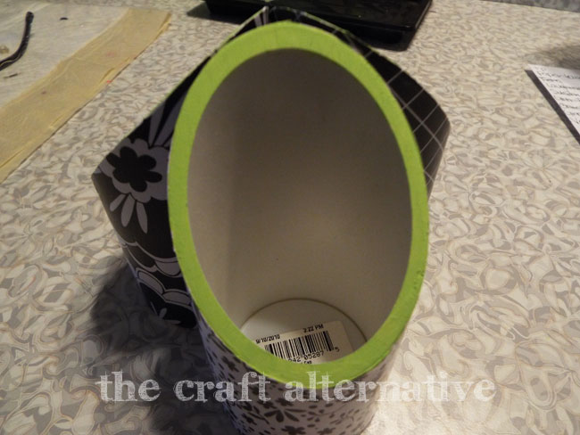 Desk Organizer Made with PVC Pipe and Paper_Paint