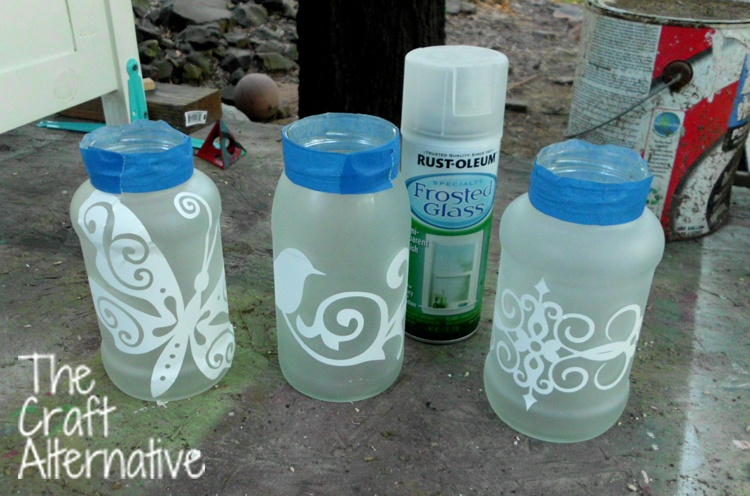 Easy to Make Frosted Jar Lanterns_Frosted Paint