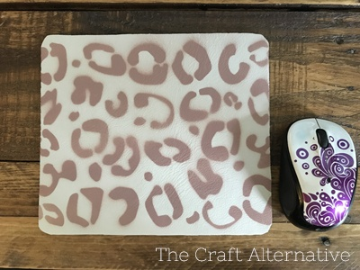 diy-stenciled-leather-mouse-pad