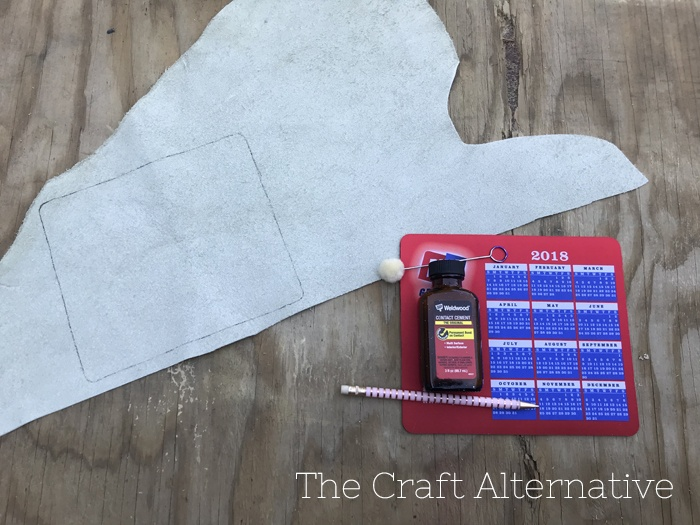 diy-stenciled-leather-mouse-pad-supplies