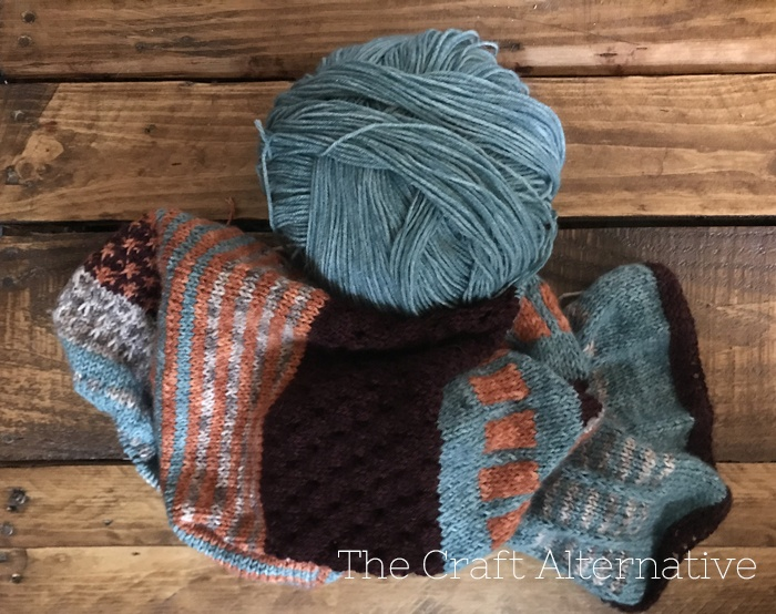 knitting-resources-for-beginners-knit-along